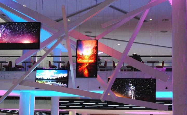 What Are The Reasons That Affect The Life Of LED Advertising Screens?